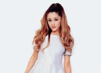 Ariana Grande posa para InRock Magazine