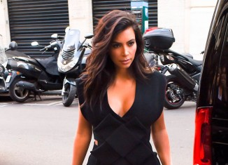 Escote infinito de Kim Kardashian