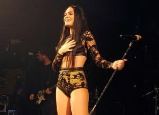 Look roquero y extravagante de Jessie J