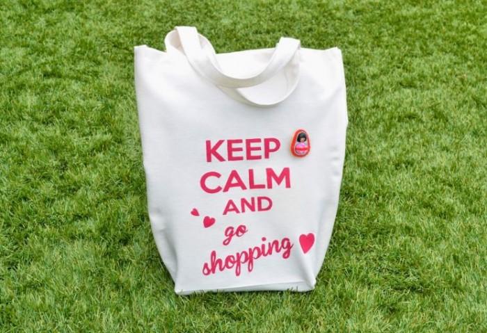 La nueva moda de las bolsas de tela en las famosas
