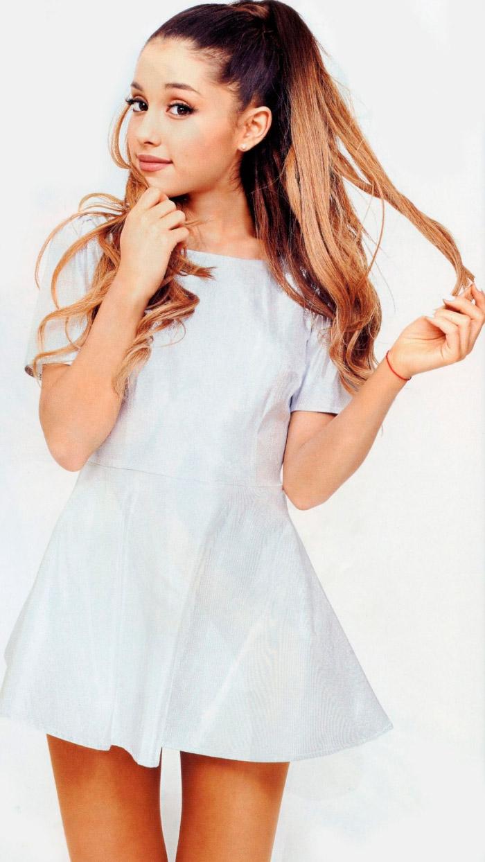 Ariana Grande posa para InRock Magazine de blanco