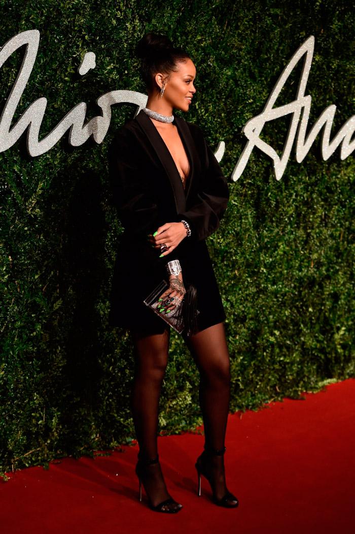 Chaqueta de Rihanna en los British Fashion Awards
