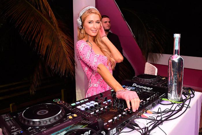DJ Paris Hilton Barbie