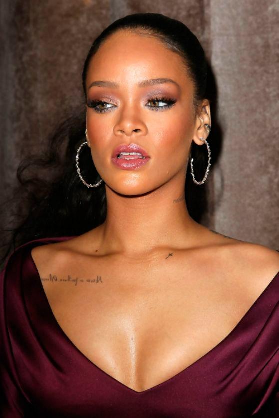 Escote de Rihanna