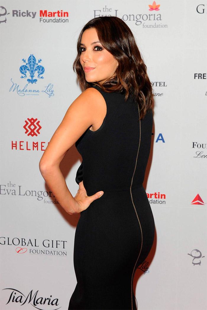 Eva Longoria con un vestido negro
