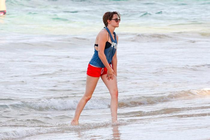 Kristen Stewart disfruta de Honolulu