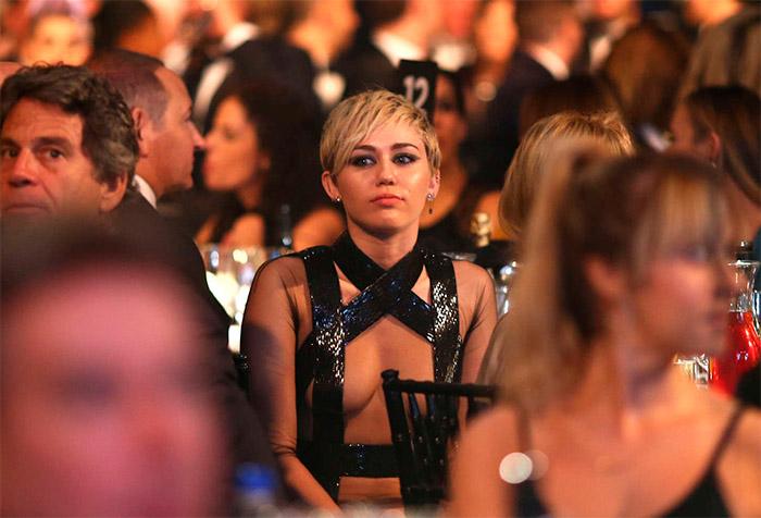 Miley Cyrus en amfAr