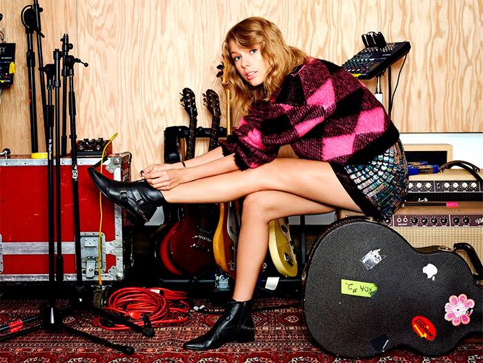 Portada de Lucky Magazine con Taylor Swift