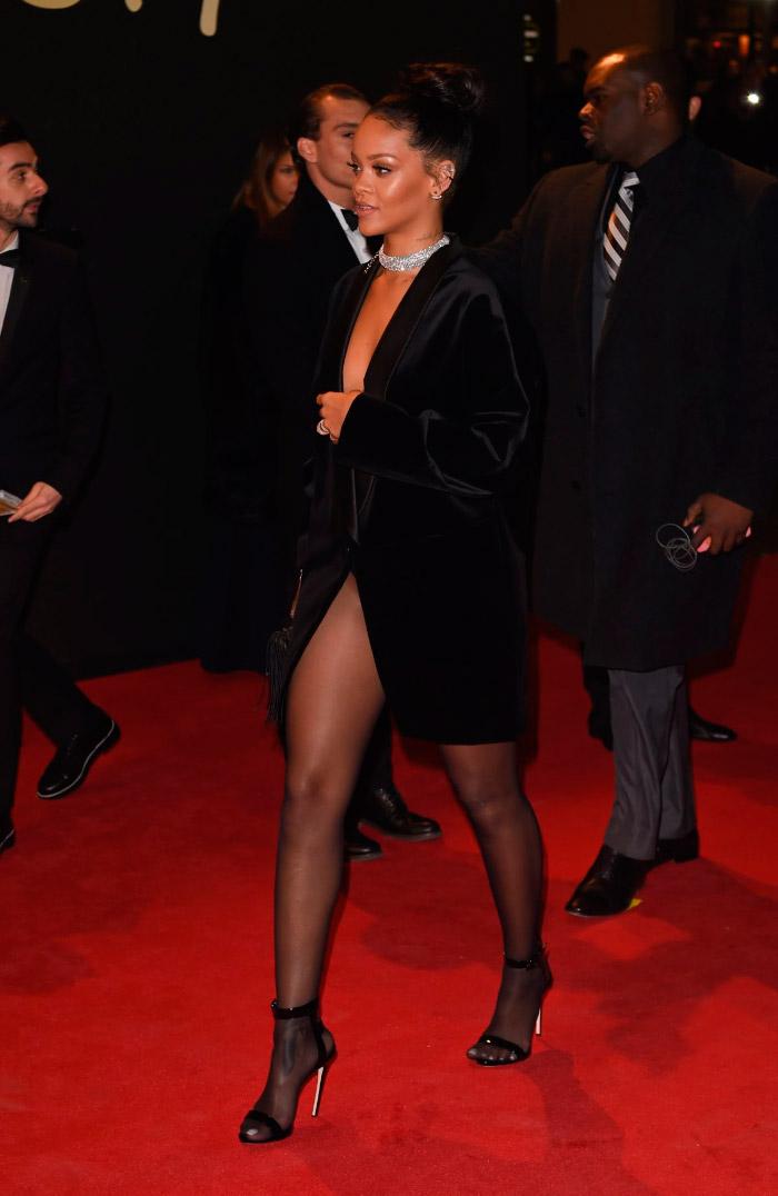 Rihanna y su chaqueta