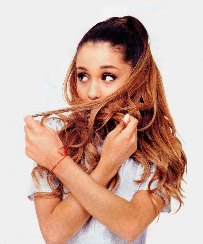Sexy Ariana Grande posa para InRock Magazine